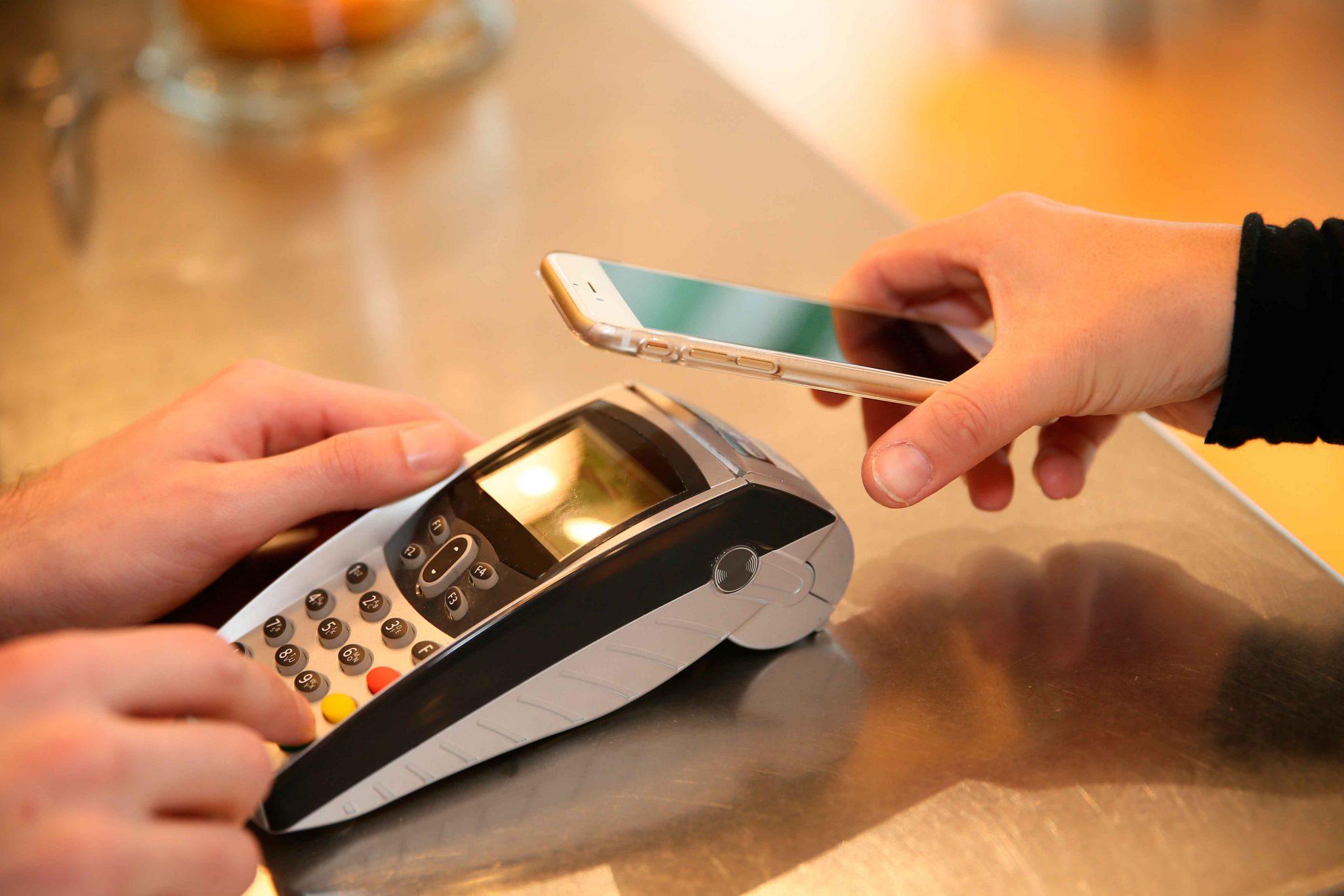 Os pagamentos serão mais digitais a partir deste ano, diz estudo